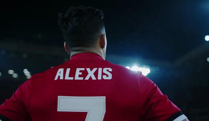 Sanchez, Mkhitaryan ra mắt CLB mới - Ảnh 2.