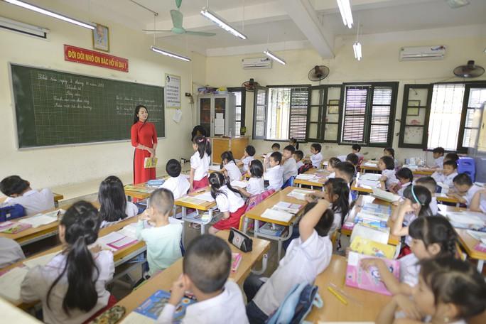 Làm rõ nhiều bất cập của ngành giáo dục - Ảnh 1.