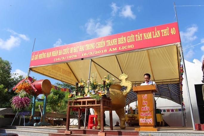 Nghẹn ngào tại lễ giỗ tập thể 3.157 người bị thảm sát ở Ba Chúc - Ảnh 5.