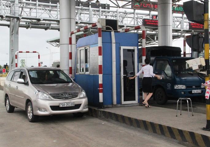 BOT Ninh Lộc phải xả trạm trong dịp lễ - Ảnh 1.