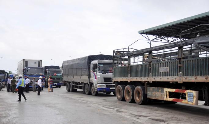 BOT Ninh Lộc phải xả trạm trong dịp lễ - Ảnh 2.