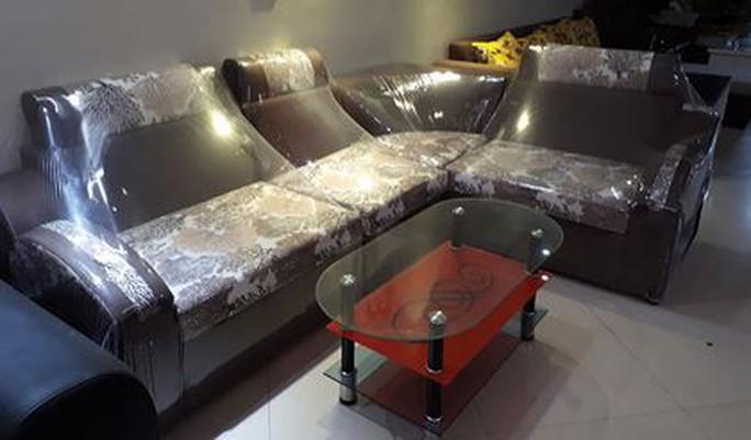 """Hàng nội thất Trung Quốc giá rẻ, """"bóng bẩy ngoài da""""… - Ảnh 1."""