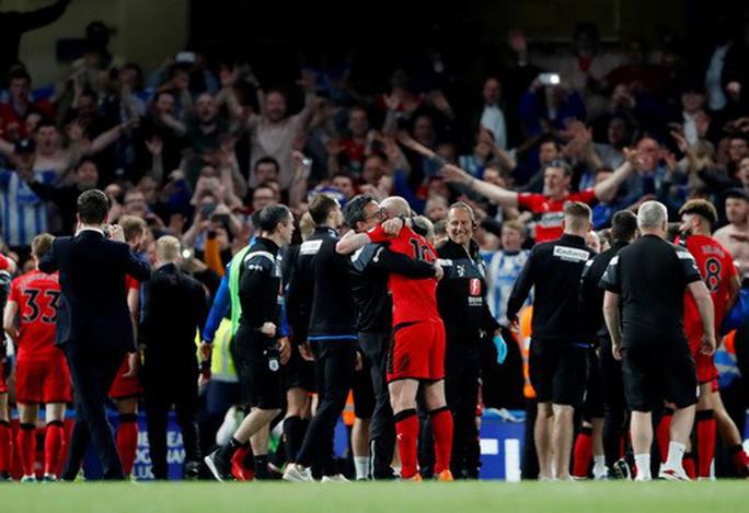 Man City lập kỷ lục, Chelsea hết mơ dự Champions League - Ảnh 5.
