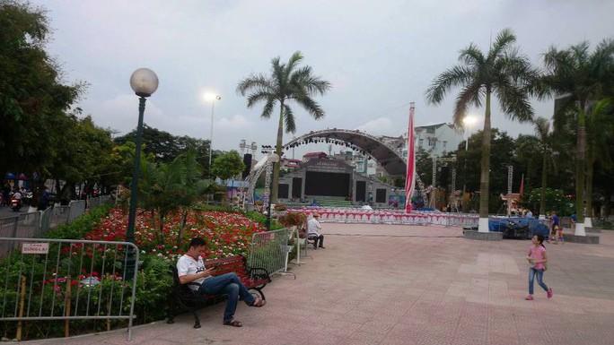 Phố đi bộ Trịnh Công Sơn tràn ngập âm nhạc đêm khai trương - Ảnh 28.