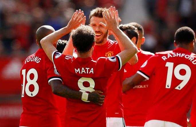 Chùm ảnh - clip vòng cuối Giải Ngoại hạng Anh: Liverpool rạng rỡ, Chelsea thảm thương - Ảnh 22.