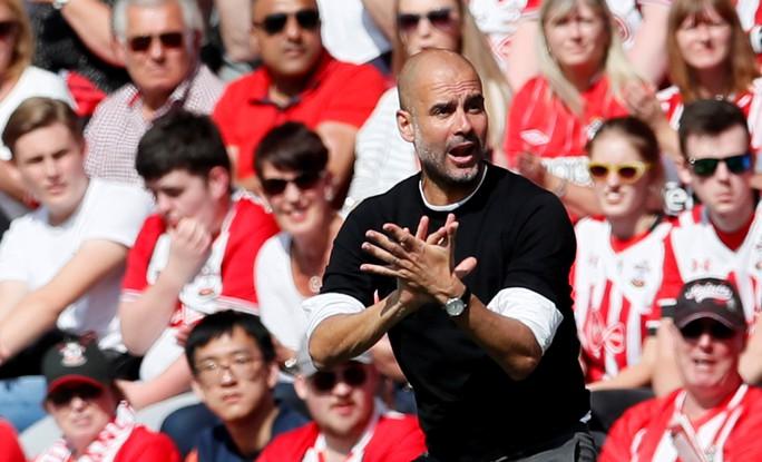 Chùm ảnh - clip vòng cuối Giải Ngoại hạng Anh: Liverpool rạng rỡ, Chelsea thảm thương - Ảnh 1.