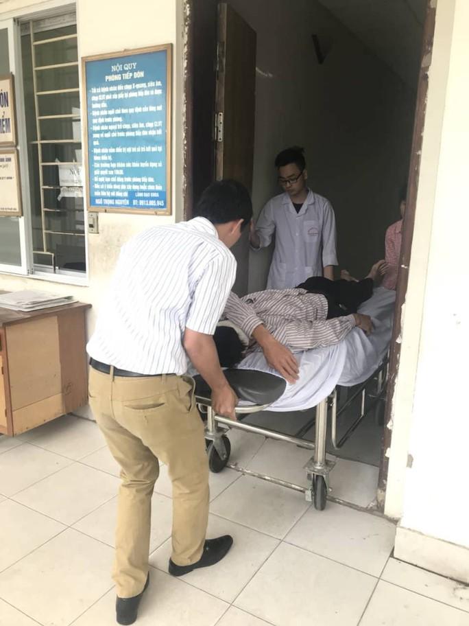 Đầu choáng váng, tài xế taxi Mai Linh bị đánh nhập viện chụp cắt lớp - Ảnh 4.