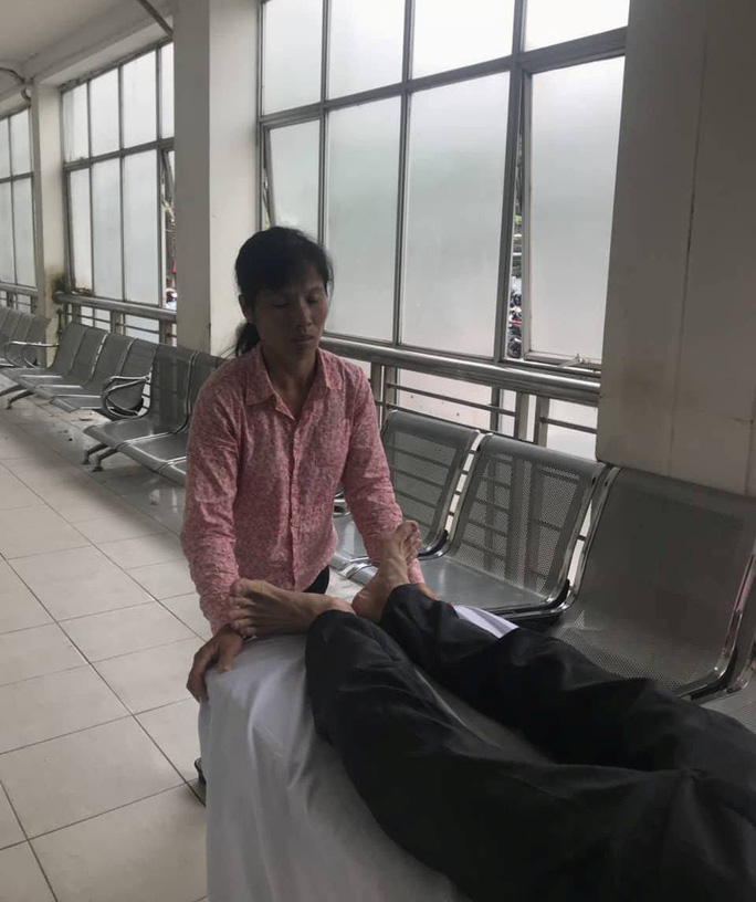 Đầu choáng váng, tài xế taxi Mai Linh bị đánh nhập viện chụp cắt lớp - Ảnh 3.