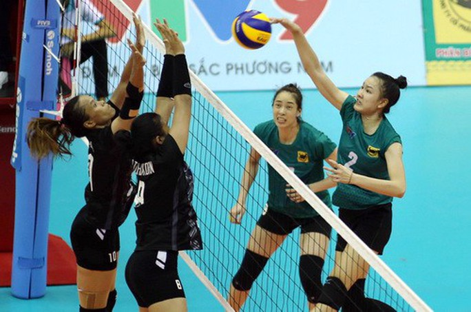 Chân dài quốc tế đọ dáng trên sàn đấu Quảng Nam - Ảnh 9.