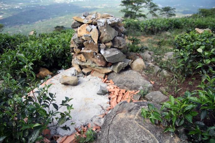 Doanh nghiệp xin lỗi vụ tự đặt bia núi Trung Quốc trên đất Việt - Ảnh 4.