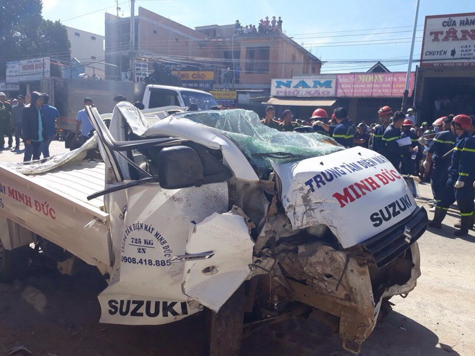 Tai nạn thảm khốc ở Lâm Đồng, ít nhất 5 người chết - Ảnh 8.