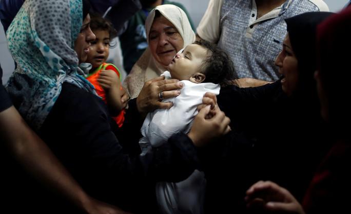 Hòa bình thêm rời xa Israel - Palestine - Ảnh 1.