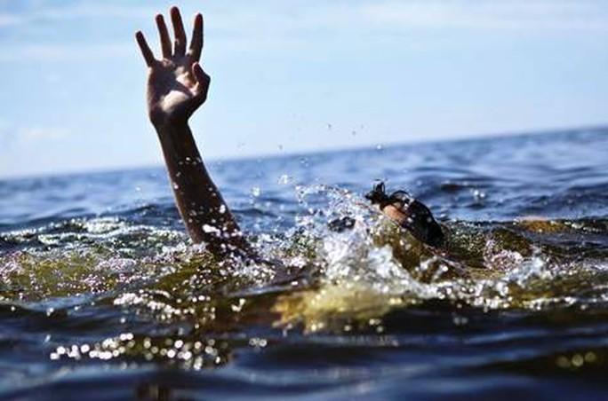Quảng Ngãi: Tắm sông, 2 học sinh chết đuối - Ảnh 1.