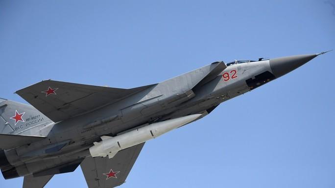 Quân đội Nga có vũ khí hiện đại mới - Ảnh 1.