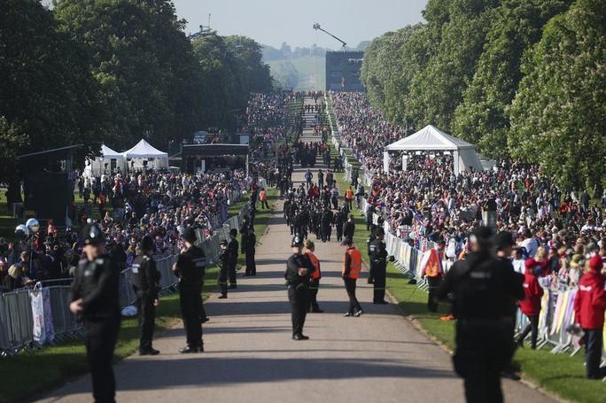 Những khoảnh khắc khó quên của đám cưới hoàng gia Anh - Ảnh 11.