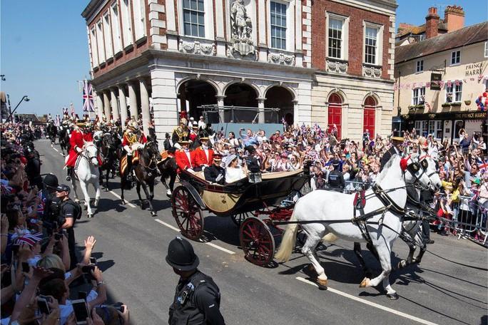 Những khoảnh khắc khó quên của đám cưới hoàng gia Anh - Ảnh 35.