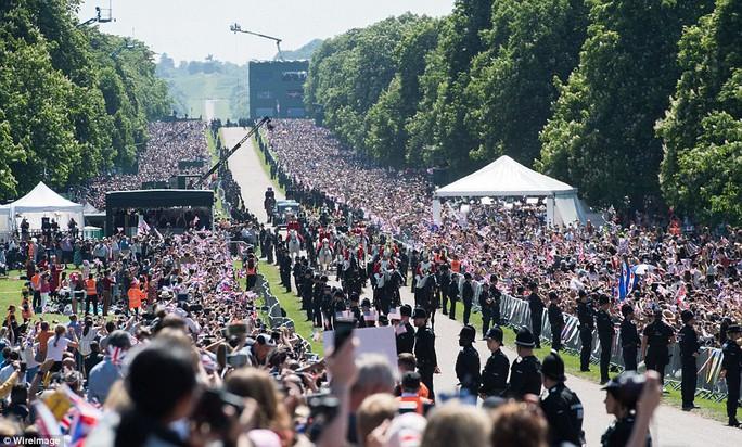 Những khoảnh khắc khó quên của đám cưới hoàng gia Anh - Ảnh 34.