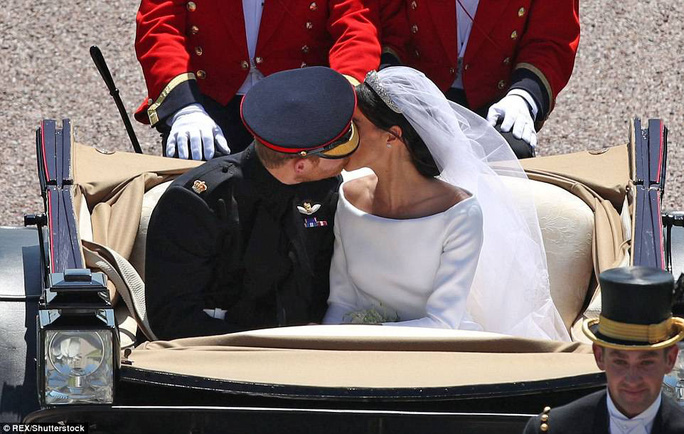 Những khoảnh khắc khó quên của đám cưới hoàng gia Anh - Ảnh 36.