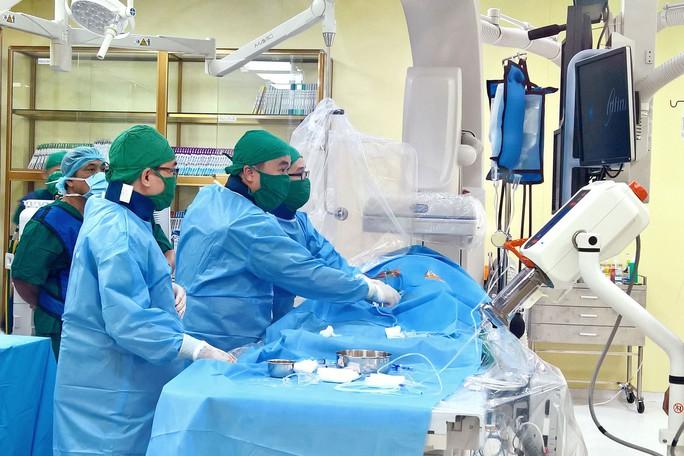 Xây bệnh viện hơn 1.700 tỉ đồng cho người thu nhập thấp - Ảnh 2.