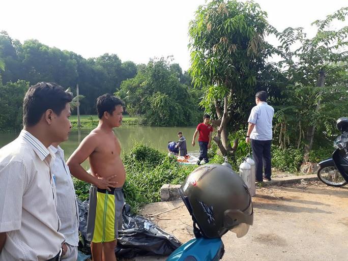 Tai nạn sà lan thương tâm, 5 người trong gia đinh thương vong - Ảnh 2.