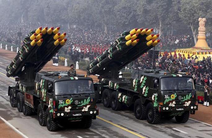 Lời cảnh báo từ chi tiêu quân sự toàn cầu - Ảnh 1.