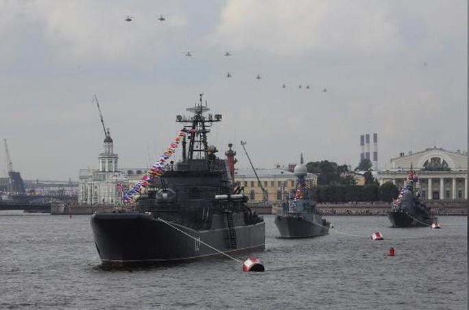 Lần đầu tiên trong 20 năm, Nga giảm chi tiêu quân sự - Ảnh 2.