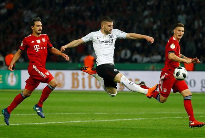 Hùm xám thua tan tác, trắng tay chung kết Cúp Quốc gia Đức - Ảnh 4.