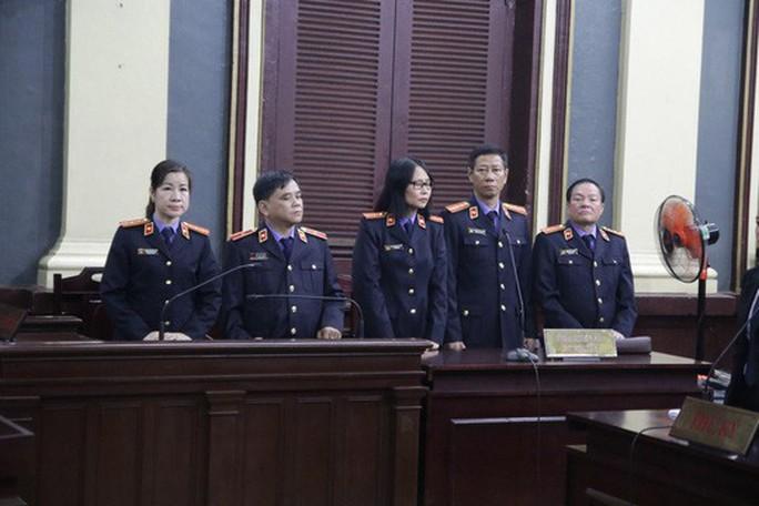 Vì sao băng ghi âm luật sư bà Phấn cung cấp không được chấp nhận? - Ảnh 2.