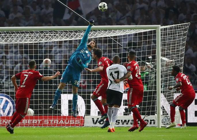 Hùm xám thua tan tác, trắng tay chung kết Cúp Quốc gia Đức - Ảnh 3.