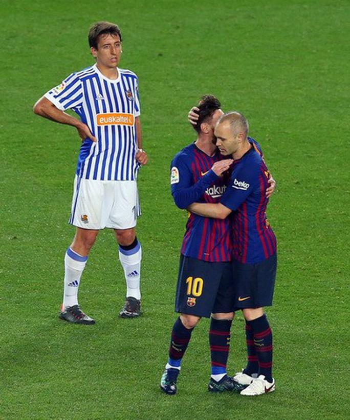 Coutinho lập siêu phẩm, Barcelona chia tay huyền thoại - Ảnh 5.