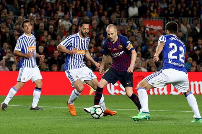 Coutinho lập siêu phẩm, Barcelona chia tay huyền thoại - Ảnh 2.