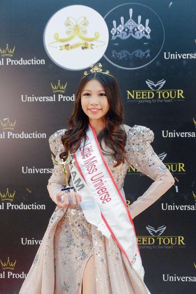 13 tuổi, mẫu nhí Việt đăng quang Hoa hậu Hoàn vũ nhí 2018 - Ảnh 1.