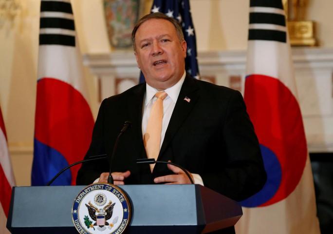 Bị Mỹ dọa trừng phạt nặng, Iran trút lời cay đắng - Ảnh 2.