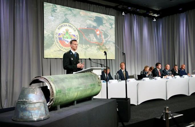 """Tên lửa bắn hạ MH17 """"thuộc sở hữu của quân đội Nga"""" - Ảnh 1."""