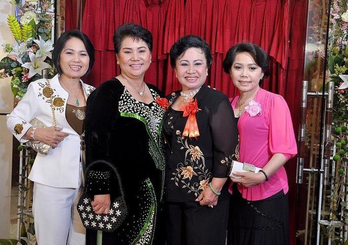 Cô Tấm Bạch Lan của gia tộc Huỳnh Long qua đời - Ảnh 8.