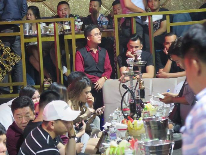 DC Club trên đường Cống Quỳnh để khách mặc sức thác loạn - Ảnh 4.