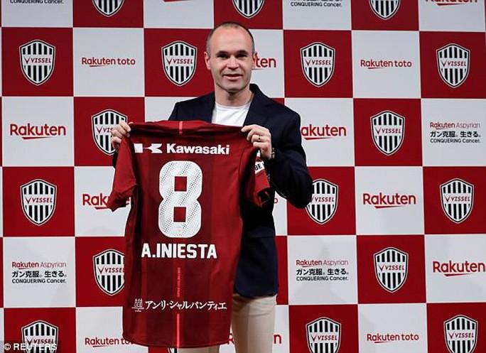 Andres Iniesta gia nhập J-League, nhận lương khủng 75 triệu euro - Ảnh 2.
