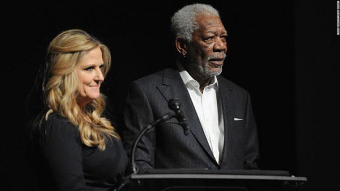 Chấn động huyền thoại Hollywood Morgan Freeman bị tố quấy rối tình dục - Ảnh 3.