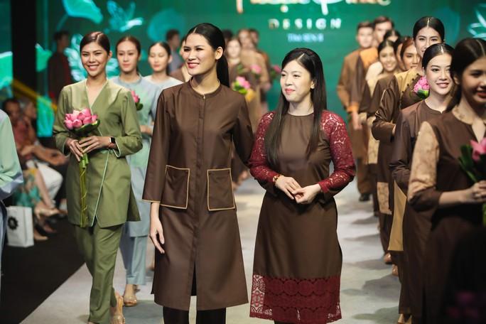 Lạ mắt, tinh tế thời trang Phật tử - Ảnh 7.