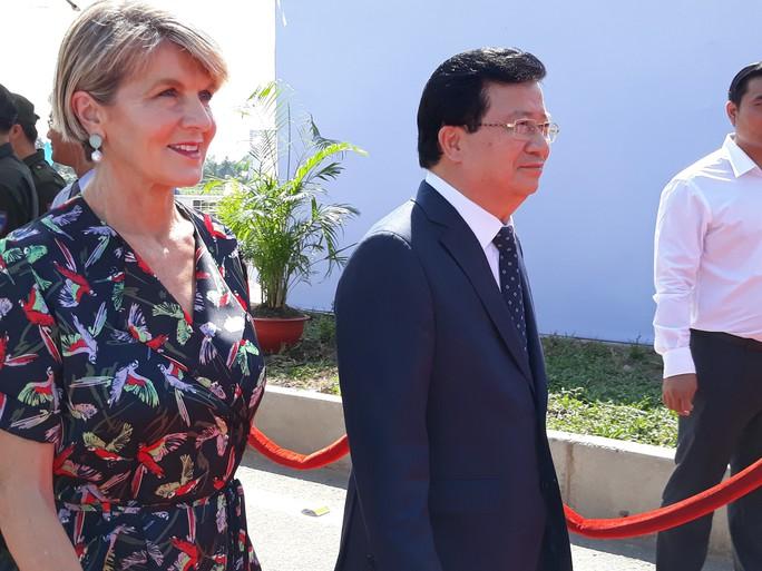 Nguyên Thủ tướng Nguyễn Tấn Dũng dự khánh thành cầu Cao Lãnh - Ảnh 4.