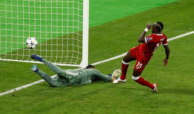 Gareth Bale đưa Real Madrid giành hat-trick Champions League - Ảnh 6.