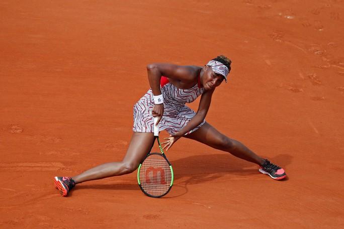 Roland Garros 2018: Vô địch nữ và Venus bị loại ngay ngày đầu - Ảnh 3.