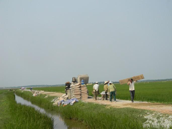 Quảng Bình: Phát hiện hàng loạt công trình nông thôn mới sai phạm - Ảnh 1.