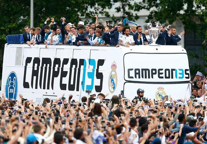 Người hùng Bale ở đâu ngày Real Madrid ca khúc khải hoàn? - Ảnh 13.