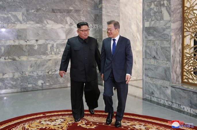 Người bắc cầu cho Mỹ - Triều - Ảnh 1.