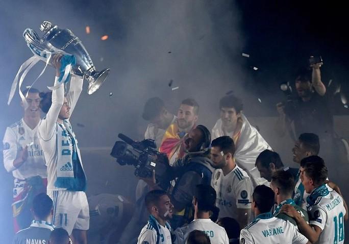 Người hùng Bale ở đâu ngày Real Madrid ca khúc khải hoàn? - Ảnh 14.