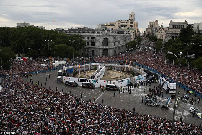 Người hùng Bale ở đâu ngày Real Madrid ca khúc khải hoàn? - Ảnh 15.