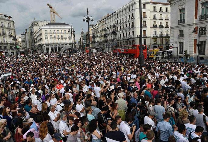 Người hùng Bale ở đâu ngày Real Madrid ca khúc khải hoàn? - Ảnh 10.