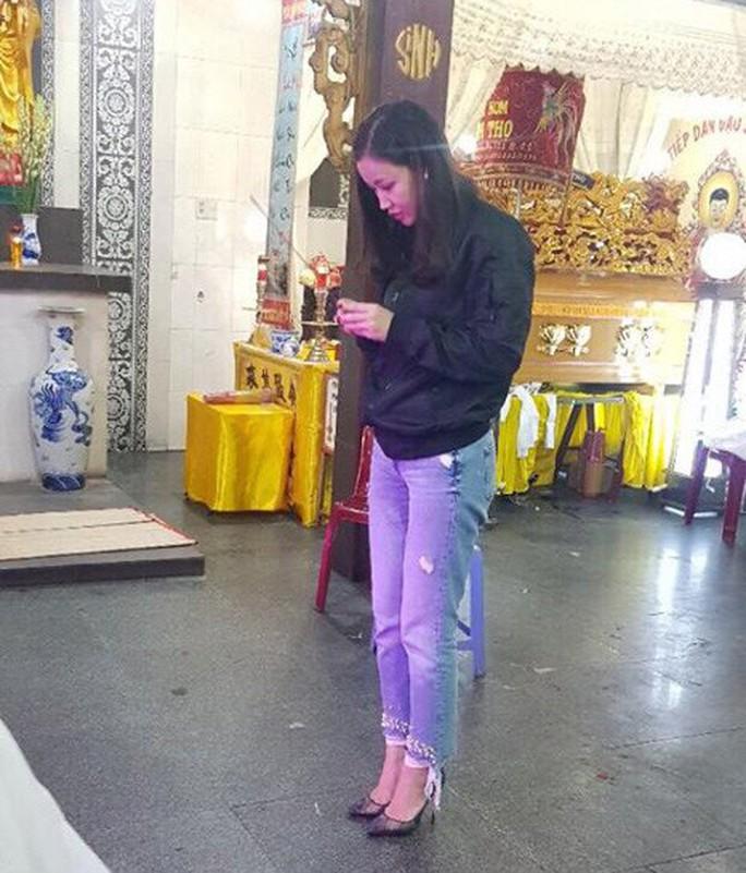 NSƯT Hữu Châu khóc thương nghệ sĩ Mai Lan - Ảnh 4.