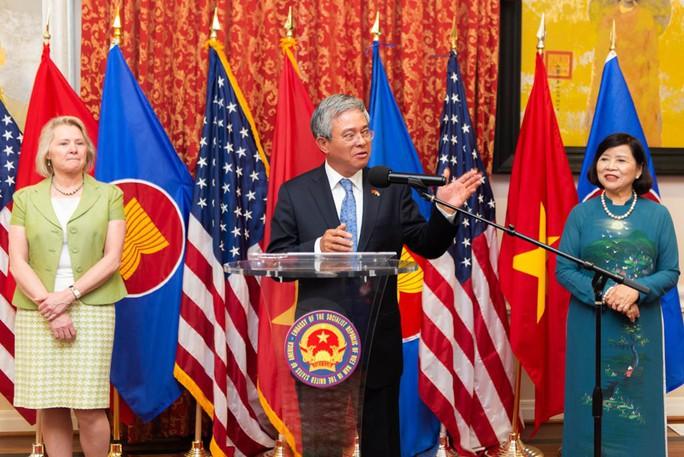 Lầu Năm Góc dùng tiêu binh đón tiếp Đại sứ Việt Nam - Ảnh 11.